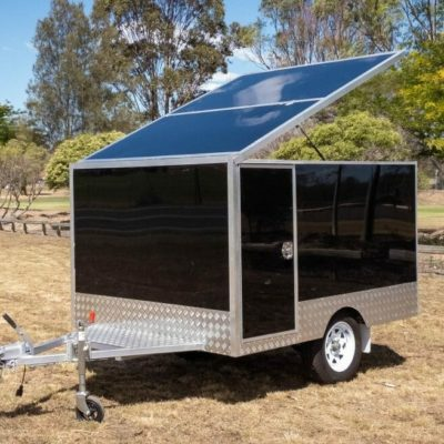 Bx 2400 ST enclosed trailer front side with door