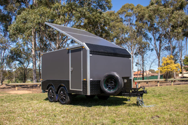 Charcoal Gray Enclosed Dual Axle Trailer 2000 Kg_s ATM (13 of 18)